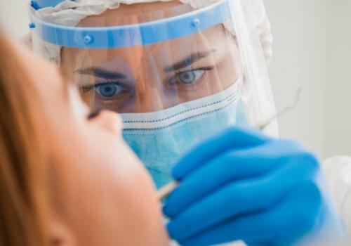 A importância da Biossegurança em consultório odontológicos em tempos de pandemia